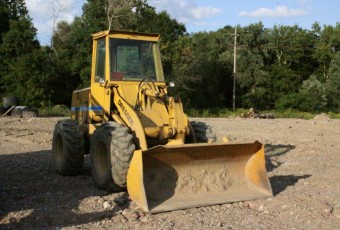 '81 Int'l 510 Dresser Wheel Loader w-Forks & Yard Bucket